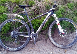 Whyte 29 Team with mudguards