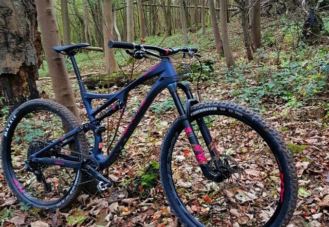 Whyte-S-120-side